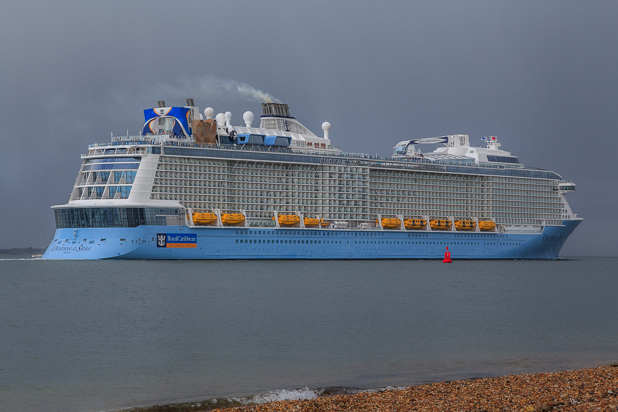 Cruising down Southampton Water, past Calshot Castle.
